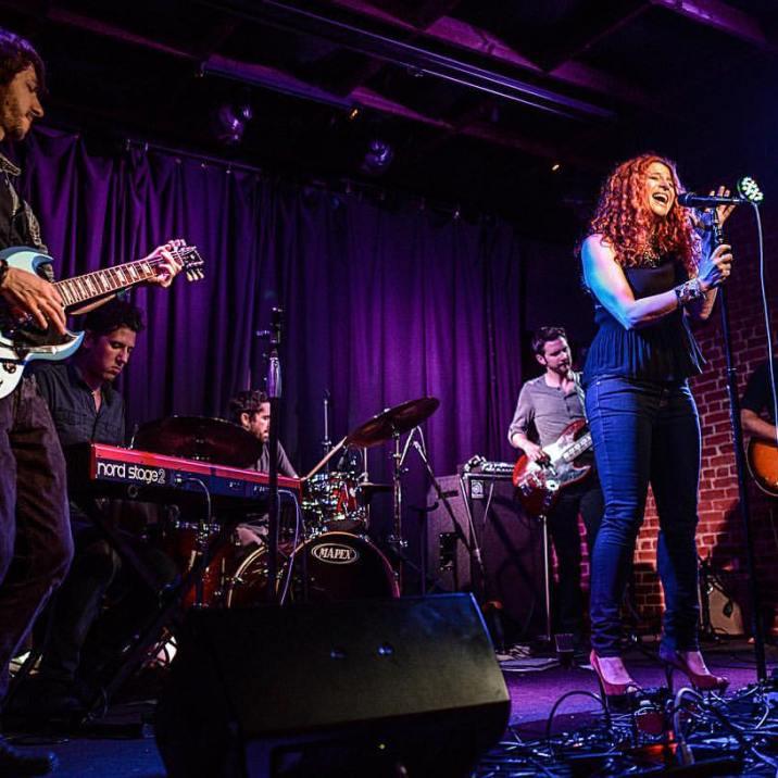 Nina Storey @ Molly Malone's | Los Angeles, CA | Photo by Justin Higuchi